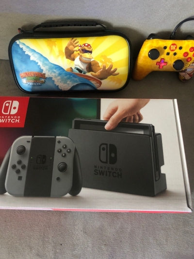 Console nintendo switch Grey +3 Jeux